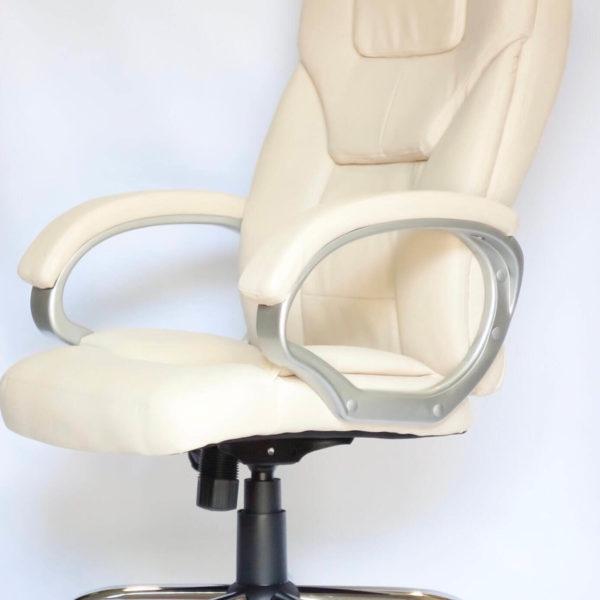 Офисное кресло София в бежевом цвете, вид сбоку, фото