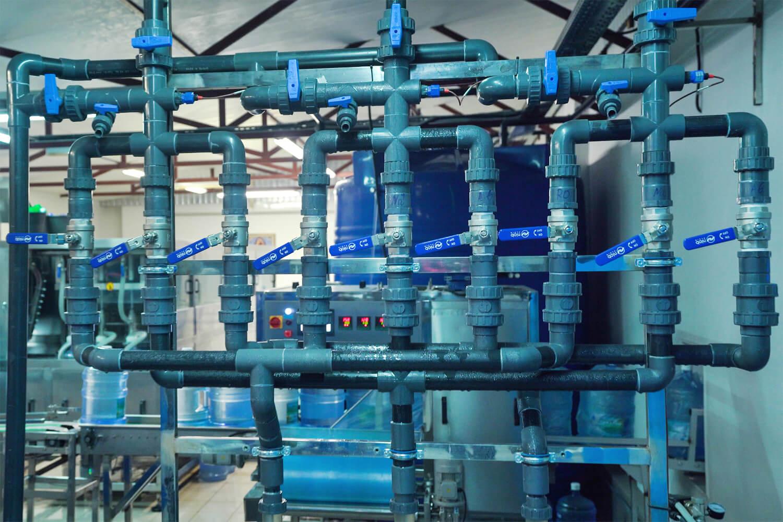 Производственный цех с блоками очистки
